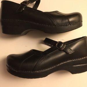 "Dansko, ""Marcelle"" Black Leather, Sz 40, US 9.5-10"